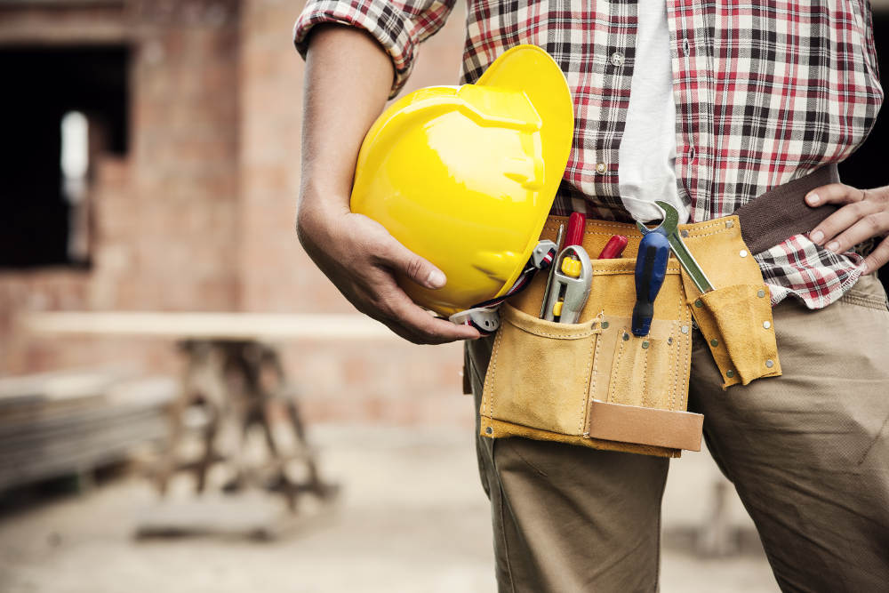 Finding a Building Contractor for Emergency Clean-Up and Repair   San Bernardino