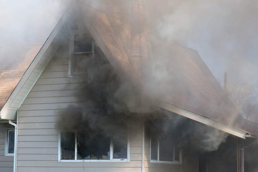 Why It Is Nearly Impossible to DIY Remove Los Angeles County Smoke Damage